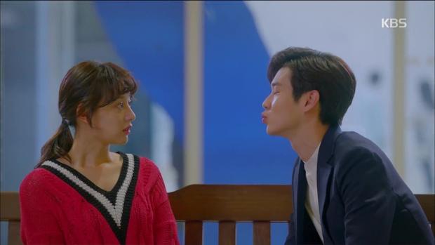 Ghen quá hóa rồ, Park Seo Joon trúng ảo giác, giật tóc crush Kim Ji Won - Ảnh 2.