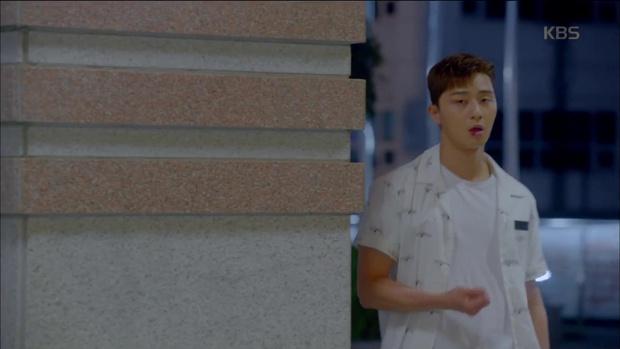 Ghen quá hóa rồ, Park Seo Joon trúng ảo giác, giật tóc crush Kim Ji Won - Ảnh 3.