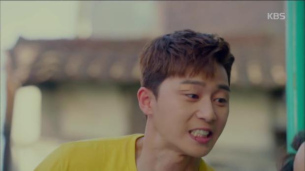 Ghen quá hóa rồ, Park Seo Joon trúng ảo giác, giật tóc crush Kim Ji Won - Ảnh 8.