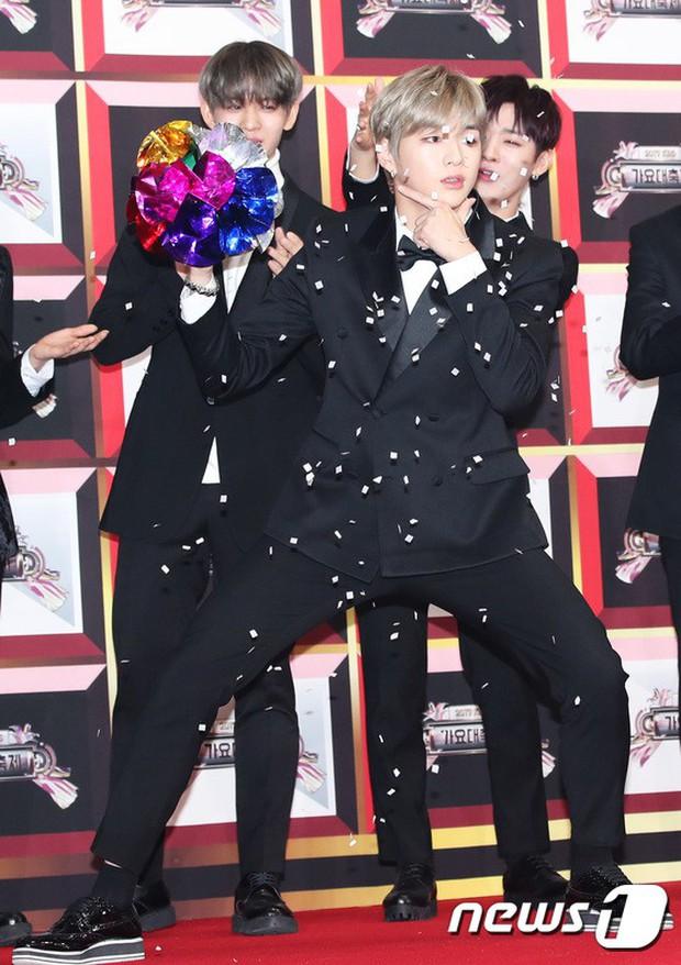 Không thích đẹp hoàn hảo, dàn mỹ nam Wanna One diễn sâu đến ngớ ngẩn, làm ảo thuật để gây chú ý trên thảm đỏ - Ảnh 19.