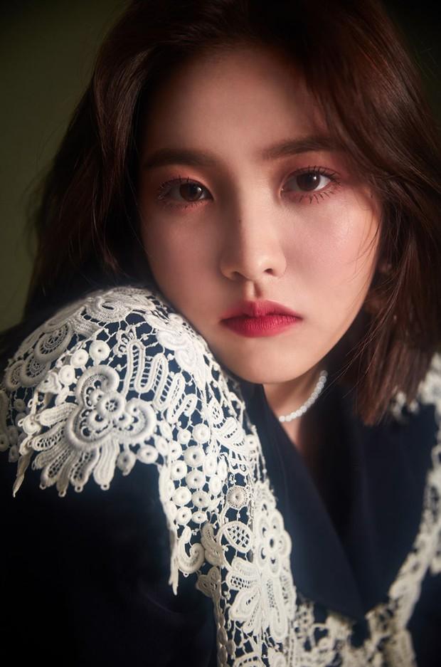 Đặt hội em út của TWICE - BLACKPINK - Red Velvet lên bàn cân: Lisa đầy tài năng, Tzuyu visual hàng top còn Yeri có gì? - Ảnh 10.
