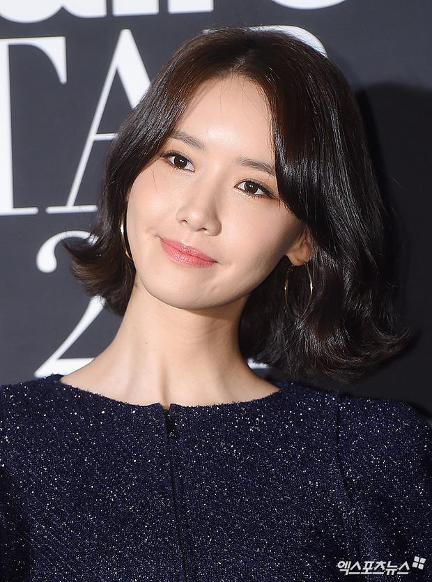 Thảm đỏ LHP Busan: Yoona lộ chân gầy như sắp gãy, Moon Geun Young dọa fan, sao nhí Dream High lột xác - Ảnh 4.