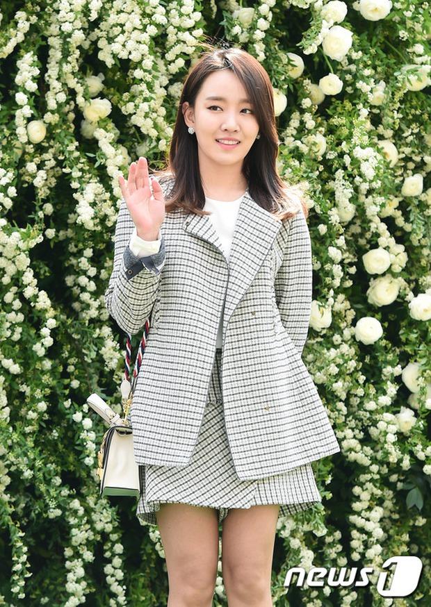 Hôn lễ đẹp nhất xứ Hàn: S.E.S tái hợp, chủ tịch SM Lee Soo Man cùng dàn sao khủng xuất hiện - Ảnh 32.