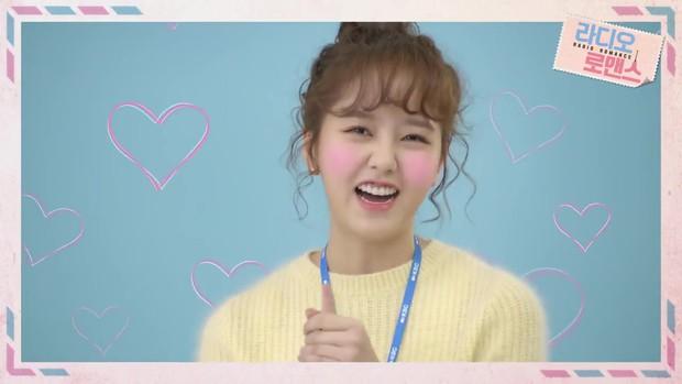 Kim So Hyun thiên nga hóa vịt, gia nhập câu lạc bộ nữ chính tóc xù - Ảnh 2.