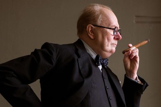 Điểm mặt 11 lần vị thủ tướng nổi tiếng nhất lịch sử nhân loại Winston Churchill xuất hiện trên phim - Ảnh 1.