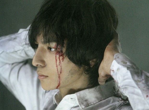 Chết lịm trước góc nghiêng thần thánh của 10 nam thần màn ảnh Nhật - Ảnh 1.