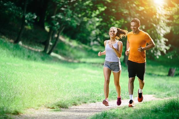 Cải thiện sức khoẻ tim mạch ngay từ khi còn trẻ nhờ những thói quen đơn giản - Ảnh 1.