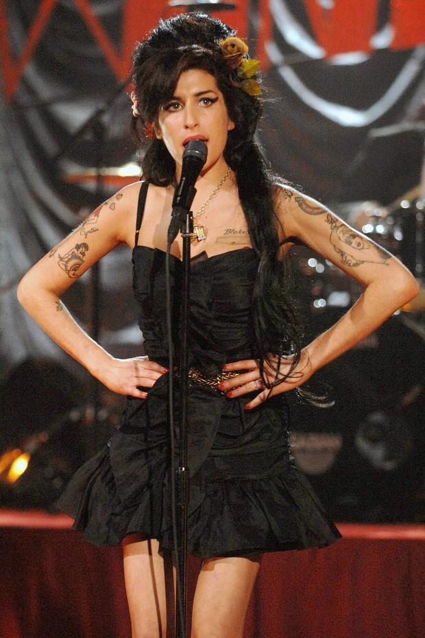 Cùng nhìn lại những Bài hát của năm được Grammy gọi tên suốt 10 năm qua - Ảnh 2.