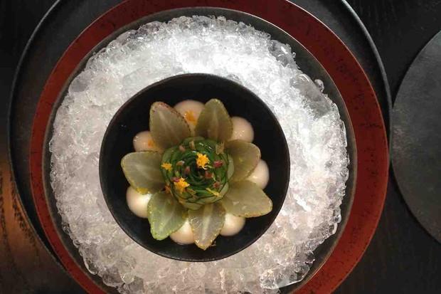 Chỉ mở cửa 6 tuần nhưng có hơn 60.000 người chờ ăn, nhà hàng Noma ở Nhật có gì mà thu hút đến thế? - Ảnh 2.