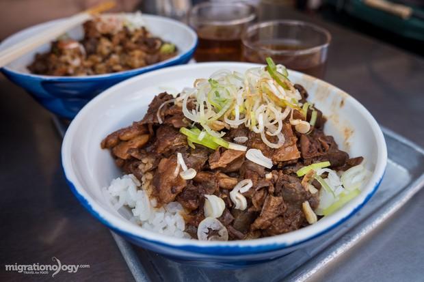 8 món đặc sản nên thử qua khi đến chợ cá Tsukiji nổi tiếng ở Nhật Bản - Ảnh 2.