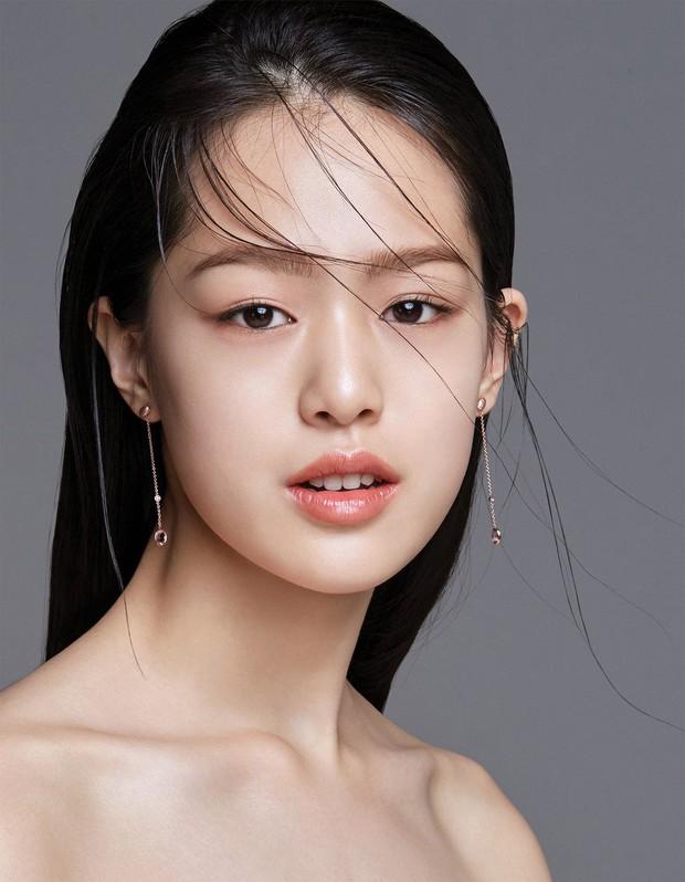 Lộ diện cô gái được mỹ nam center quốc dân Kang Daniel yêu đến trào nước mắt trong MV mới của Davichi - Ảnh 9.