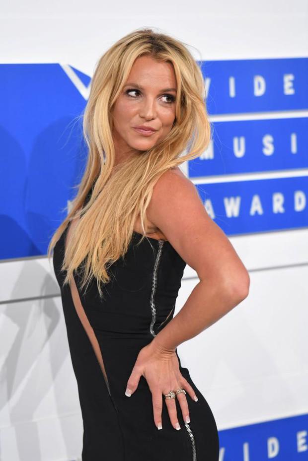 Camila Cabello là Beyonce và Britney Spears thế hệ mới? - Ảnh 5.