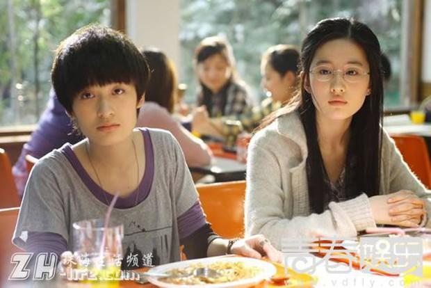 Không ai như Lưu Diệc Phi - Song Seung Hun: 2 năm yêu nhau vướng tin đồn chia tay ngay từ sau màn tỏ tình - Ảnh 12.