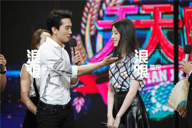 Song Seung Hun - Lưu Diệc Phi: Là tình yêu thật sự hay chiêu trò truyền thông đánh lừa khán giả suốt 2 năm qua? - Ảnh 9.