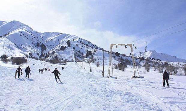 Sống qua những mùa đông âm độ, người Uzbekistan đã quen với cái lạnh khắc nghiệt, mưa tuyết rơi dày - Ảnh 10.