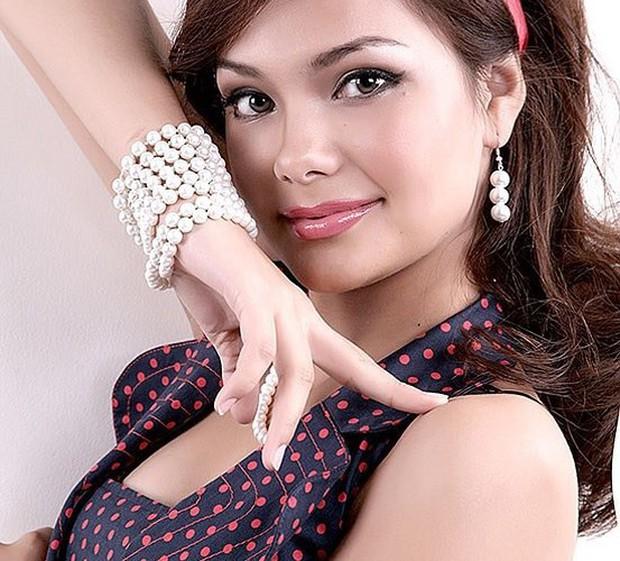 Ảnh: Phụ nữ Uzbekistan đẹp lôi cuốn đầy mê hoặc - Ảnh 2.