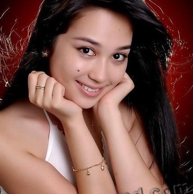 Ảnh: Phụ nữ Uzbekistan đẹp lôi cuốn đầy mê hoặc - Ảnh 7.