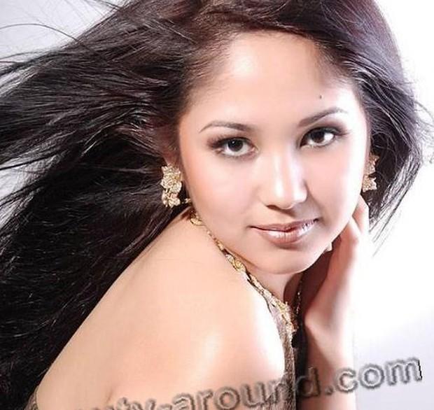 Ảnh: Phụ nữ Uzbekistan đẹp lôi cuốn đầy mê hoặc - Ảnh 10.