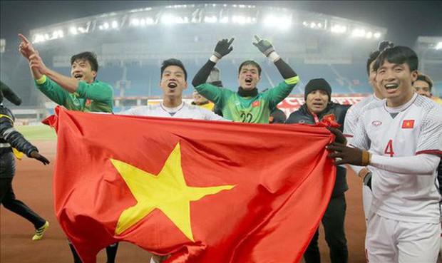 Thủ tướng trình Chủ tịch nước tặng Huân chương Lao động hạng Nhất cho U23 - Ảnh 1.