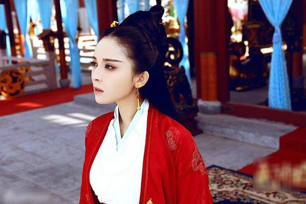 Mỹ nhân độc nhất trong lịch sử Trung Hoa khi làm Hoàng hậu ở 2 nước khác nhau: được lập 7 lần, bị phế 5 lần - Ảnh 1.