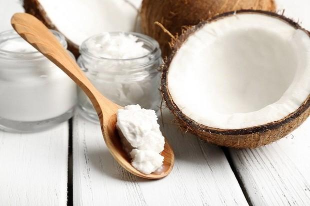 Sang chảnh như Phạm Băng Băng cũng chỉ dùng thứ dầu quen thuộc này để dưỡng tóc, bạn còn chờ gì mà không áp dụng ngay - Ảnh 3.