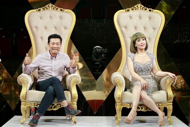 Cười xuyên Việt: Chết cười với tiểu phẩm bán hàng tiếp thị của nhóm cựu thí sinh Kỳ Tài - Ảnh 1.