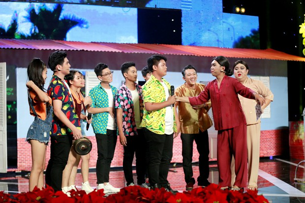 Cười xuyên Việt: Chết cười với tiểu phẩm bán hàng tiếp thị của nhóm cựu thí sinh Kỳ Tài - Ảnh 5.