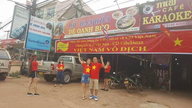Hội người Việt ở Lào rộn ràng, sẵn sàng bùng cháy hết mình cho trận chung kết lịch sử của U23 Việt Nam - Ảnh 5.