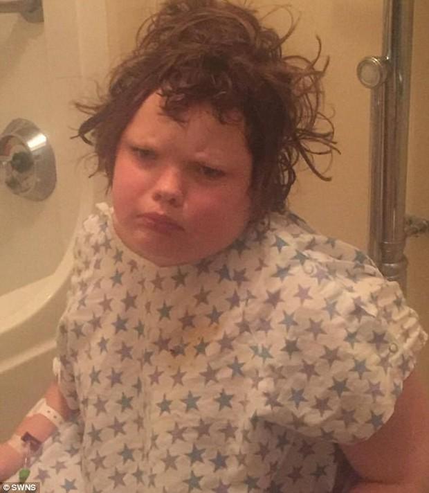 Cô bé 11 tuổi mắc căn bệnh kỳ lạ khiến cơ thể luôn rơi vào trạng thái buồn ngủ, choáng váng - Ảnh 5.