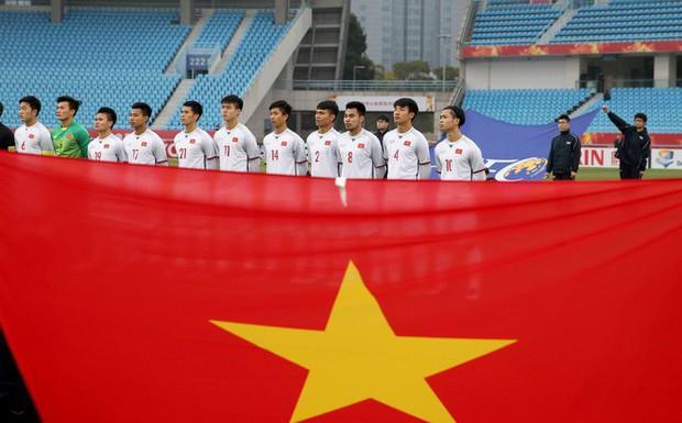 Chuyên cơ Tôi yêu Tổ quốc tôi của Vietjet đón đội tuyển U23 Việt Nam về nước - Ảnh 2.