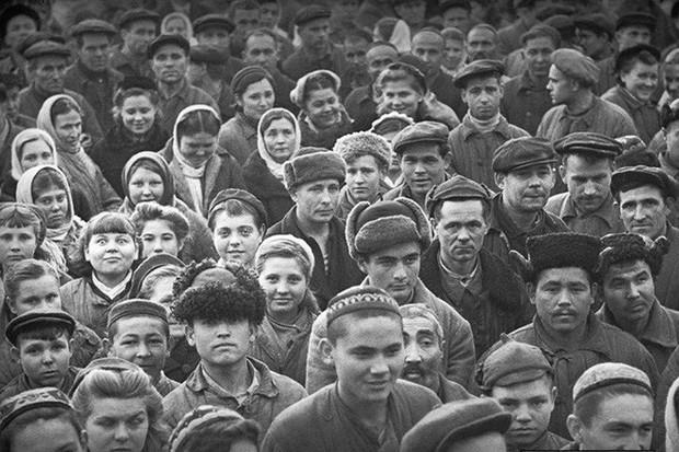 Chùm ảnh quý hiếm về nước Uzbekistan Xô viết hồi đầu và giữa thế kỷ 20 - Ảnh 1.
