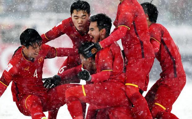 Nếu đã khóc cùng U23 Việt Nam, 10 bình luận của CĐV nước ngoài này sẽ khiến bạn thổn thức trong hạnh phúc - Ảnh 1.