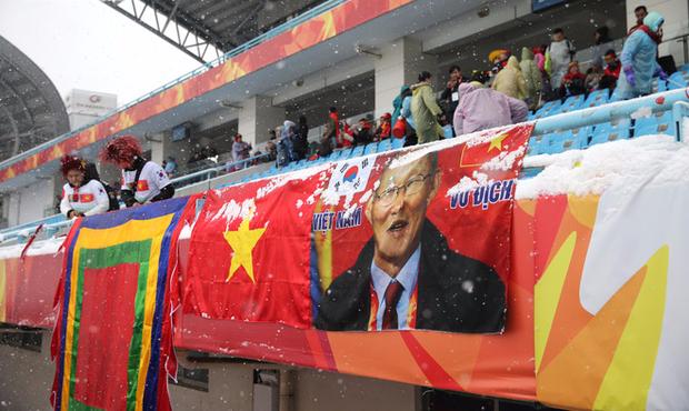 Báo Thái gọi bóng đá Việt Nam là Vàng ròng Đông Nam Á, sang trang mới rạng rỡ - Ảnh 2.