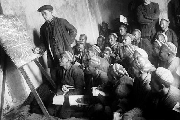 Chùm ảnh quý hiếm về nước Uzbekistan Xô viết hồi đầu và giữa thế kỷ 20 - Ảnh 8.