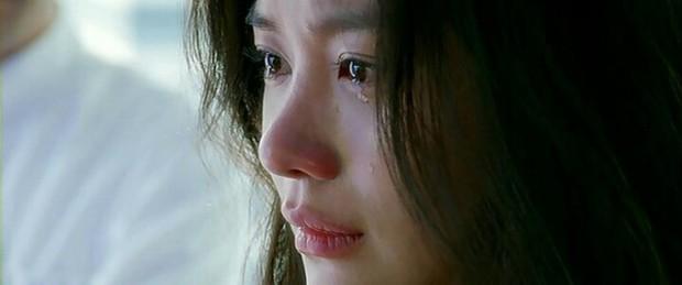 Netizen Hàn xuýt xoa vì 4 mĩ nhân đẹp đến mức bất thường của màn ảnh những năm 2000 - Ảnh 5.