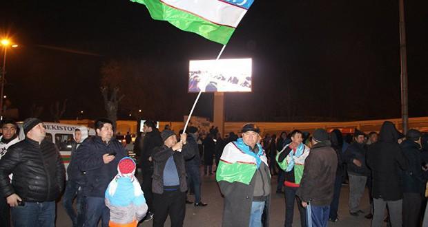Cuối cùng, cũng xuất hiện hình ảnh dân Uzbekistan đón người hùng trở về: Vui và rộn ràng không kém Việt Nam! - Ảnh 2.