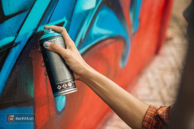 Hãy nhìn xem, Graffiti đã biến một khu dân cư thành cái nôi nhiếp ảnh dành cho giới trẻ thế nào - Ảnh 5.