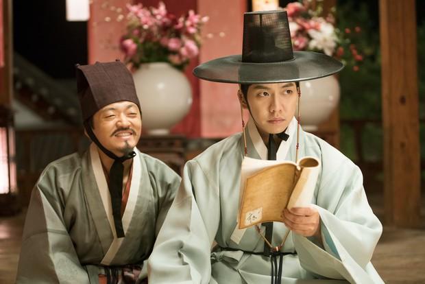 """8 phim Hàn vẫn hốt bạc dù bị ủ men lâu đến mức cứ tưởng vĩnh viễn """"đắp chiếu"""" - Ảnh 9."""