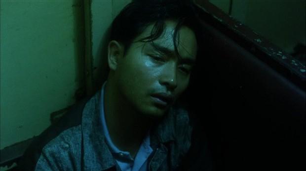 Đôi mắt buồn thế kỷ của 5 diễn viên Hoa Ngữ khiến khán giả đắm đuối không điểm dừng - Ảnh 4.