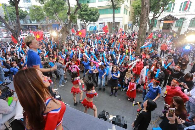 Ngân hàng Quốc dân NCB đồng hành cùng đội tuyển U23 Việt Nam - Ảnh 4.