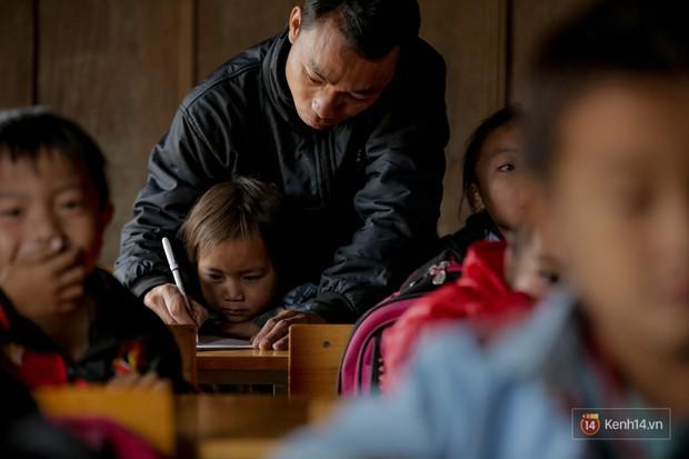 47 thầy giáo tiểu học Tri Lễ: Lên vùng cao, ở với đồng bào và học múa dân vũ - Ảnh 7.