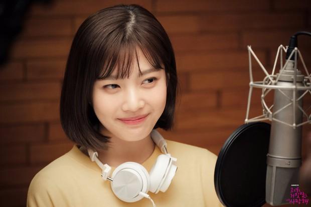 5 lần nghệ sĩ Hàn khen ngợi đồng nghiệp khiến khán giả ngao ngán: Đúng là bị ép khen - Ảnh 8.