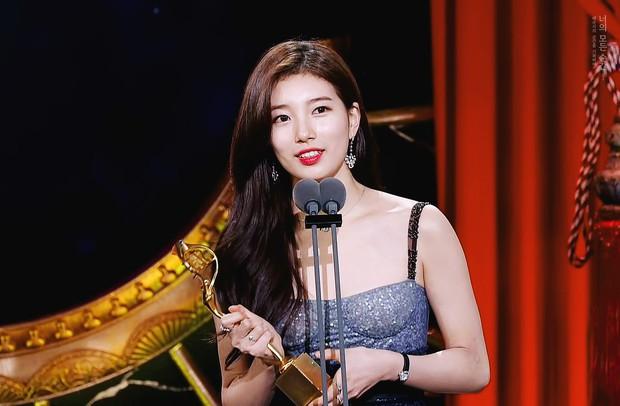 7 phi vụ khiến ta nhận ra các giải thưởng phim Hàn có khi như một trò đùa - Ảnh 1.