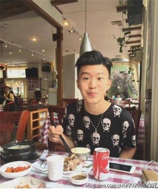 Sang Hàn vài tháng, em trai Phạm Băng Băng không chỉ đẹp trai hơn mà còn mặc đẹp hơn hẳn - Ảnh 4.