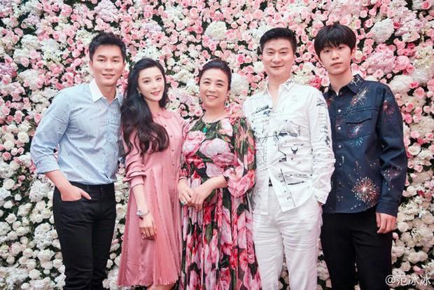 Sang Hàn vài tháng, em trai Phạm Băng Băng không chỉ đẹp trai hơn mà còn mặc đẹp hơn hẳn - Ảnh 3.