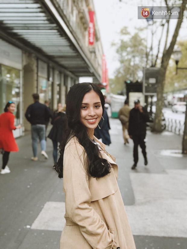 Hoa hậu Tiểu Vy mặt mộc dạo phố Paris, khoe vẻ đẹp đầy sức sống của tuổi 18 - Ảnh 13.