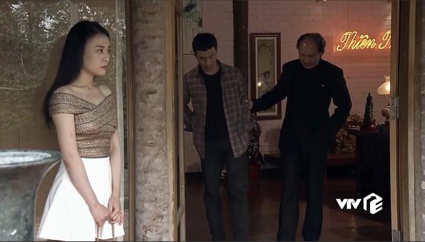 """Nhờ Quỳnh Búp Bê mà các shop online thi nhau đắt hàng mẫu áo """"hot hit"""" này - Ảnh 4."""