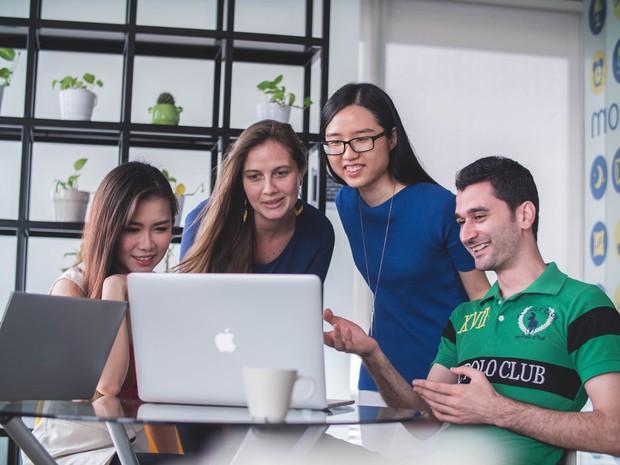 Môi trường hấp dẫn, thu nhập khủng, đây là những ngành nghề ngày càng thu hút nhiều sinh viên theo học - Ảnh 3.