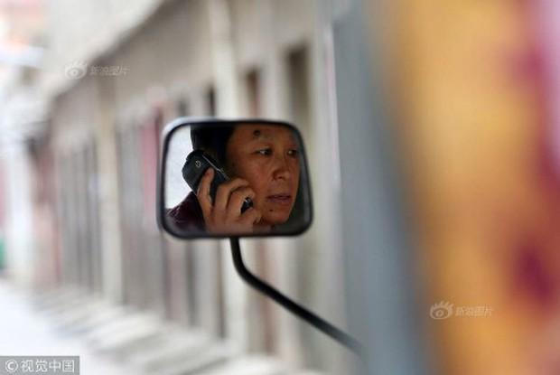 Mỗi ngày bê 70 thùng nước kiếm 20 triệu một tháng, người phụ nữ Trung Quốc mua nhà thành phố chỉ sau 3 năm - Ảnh 5.