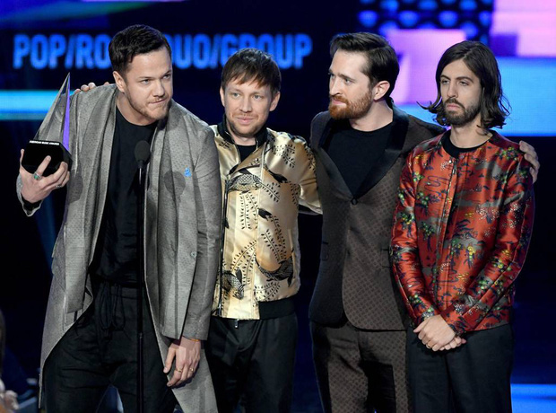 Ca khúc đạt No.1 tại Billboard Hot 100 của Maroon 5 và Cardi B liệu có tạo nên kỷ lục hattrick nhóm tại AMAs 2018? - Ảnh 3.